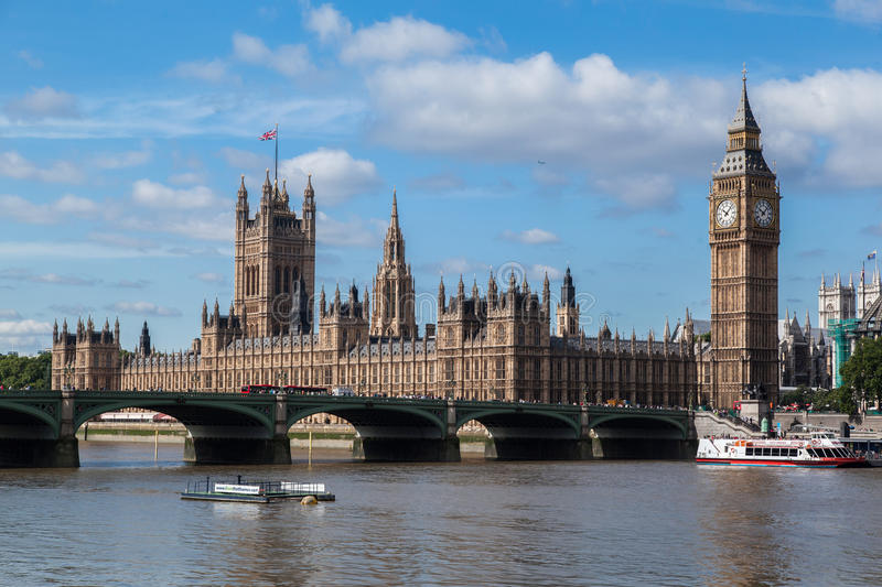 Download Parliament Building And Big Ben London England Editorial Stock Image - Image of bridge, river: 25313364
