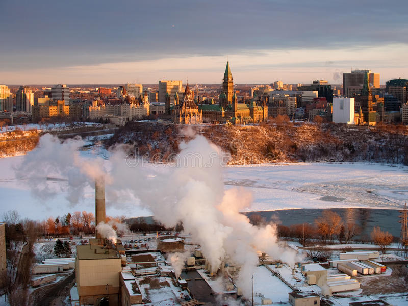 Download Parliament Hill, Ottawa editorial photography. Image of river - 17846652