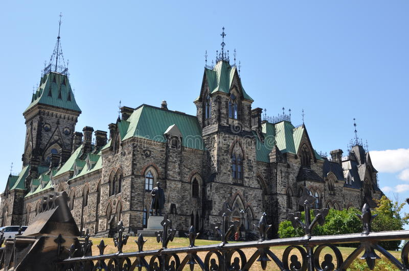 Download Parliament Hill in Ottawa stock image. Image of peace - 20900799