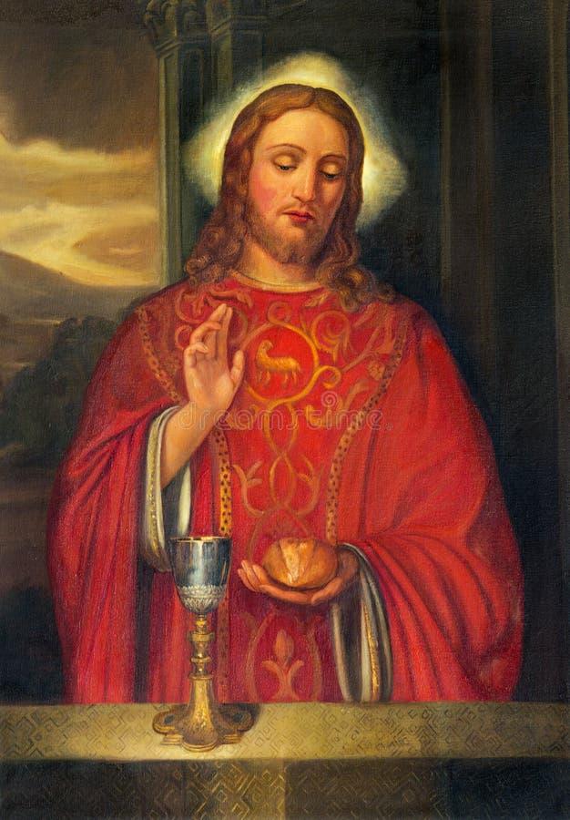 PARMA, ITALIA - 15 DE ABRIL DE 2018: La pintura de Jesus Christ como el sacerdote en la iglesia Chiesa di San Giovanni Evangelist fotografía de archivo
