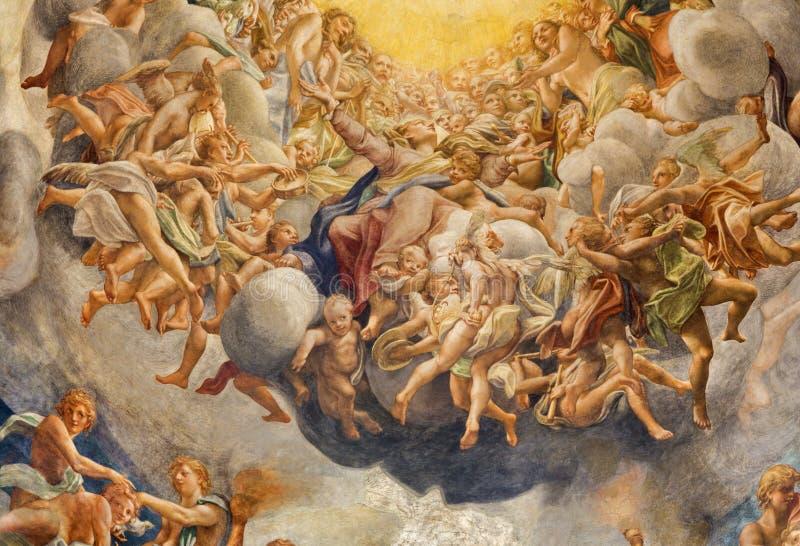 PARME, ITALIE - 16 AVRIL 2018 : Le fresque d'Assumpcion de Vierge Marie dans la coupole du Duomo par Antonio Allegri photos stock