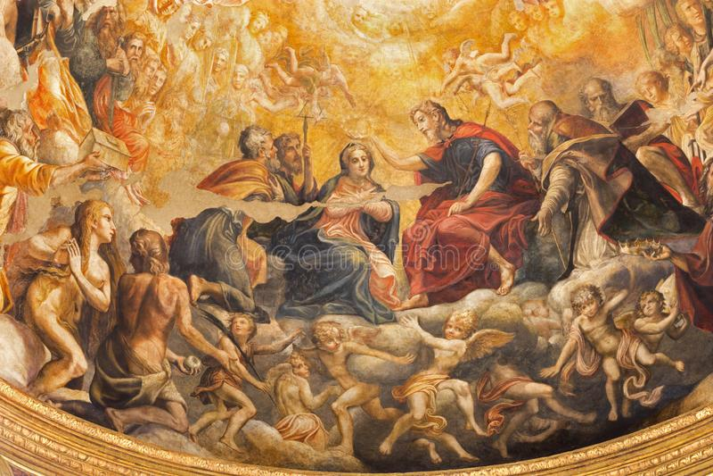 Parme - le fresque du couronnement de Vierge Marie dans l'abside principale des Di Santa Mari della Steccata de Chiesa d'église photo stock