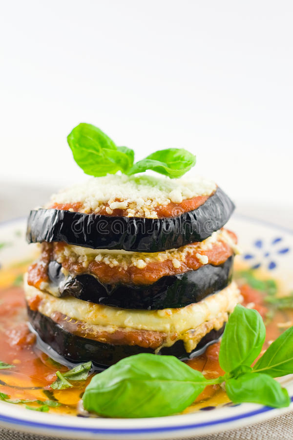 Parmigiana d'aubergines photographie stock