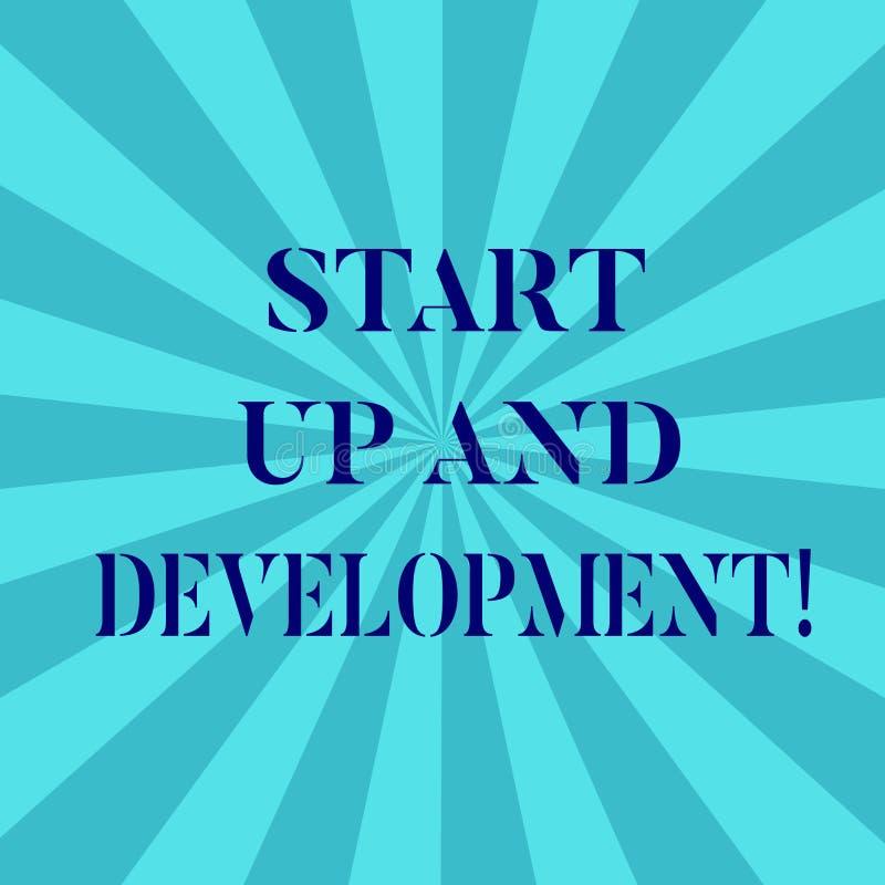 Parola che scrive inizio del testo su e sviluppo Concetto di affari per nuova strategia corporativa di progetto di successo di af royalty illustrazione gratis