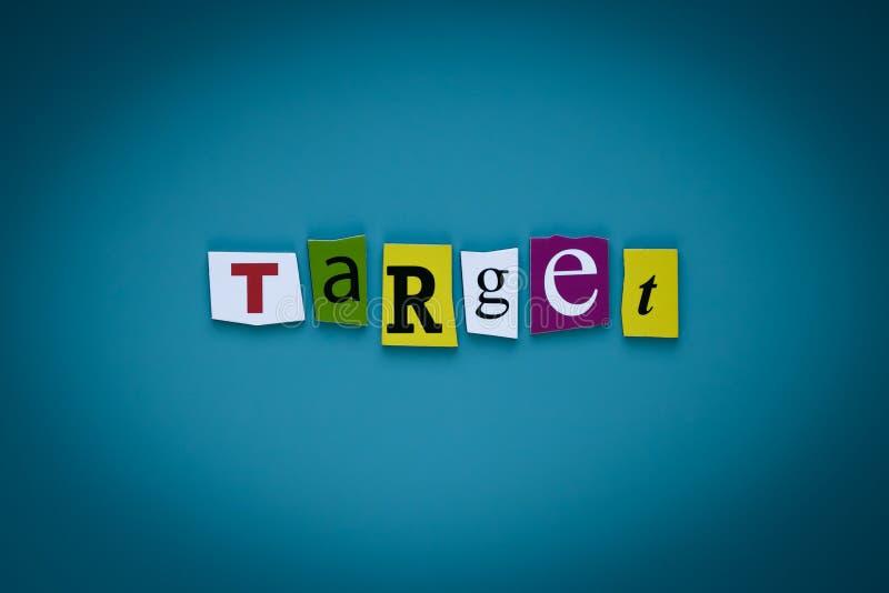 Parola che scrive l'obiettivo del testo sul fondo blu Vendita di Digital Rete di comunicazione Titolo delle lettere tagliate - ob immagini stock