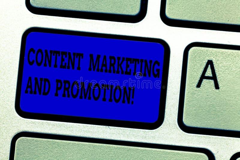 Parola che scrive a testo introduzione sul mercato contenta e promozione Concetto di affari per la tastiera di pubblicità moderna fotografia stock