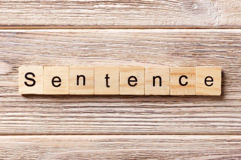 Parola di frase scritta sul blocco di legno Testo sulla tavola, concetto di frase fotografia stock libera da diritti