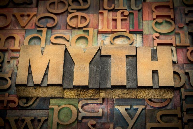 Parola di mito nel tipo di legno immagini stock libere da diritti