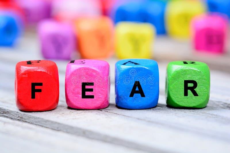 Parola di timore sulla tavola immagini stock