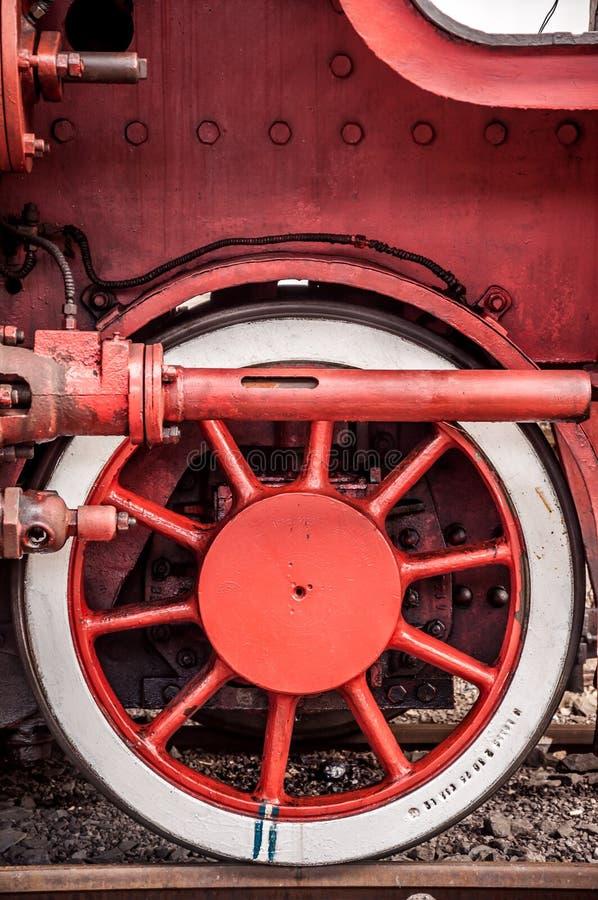 Parowej lokomotywy frontowego koła szczegół obrazy royalty free