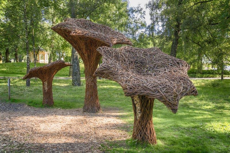Parque alrededor de Royal Palace - Oslo imagen de archivo libre de regalías
