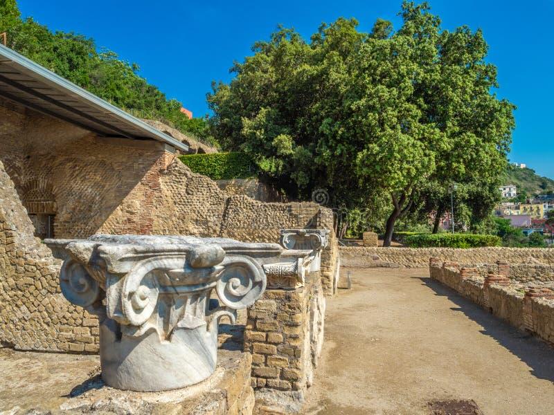 Parque arqueológico de Baia, características arquitectónicas principales imagenes de archivo