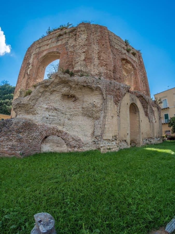 Parque arqueológico de Baia, templo de Venus imagenes de archivo