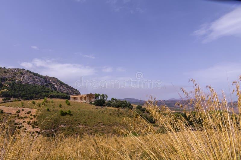 Parque arqueológico de Segesta e seu templo doric do quinto fotos de stock royalty free