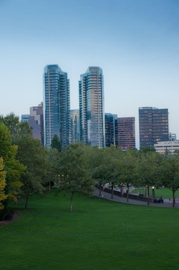 Parque céntrico de Bellevue por la tarde foto de archivo