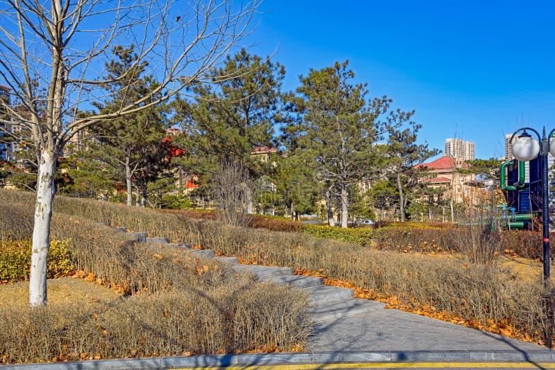 Parque da cidade em Qinhuangdao foto de stock