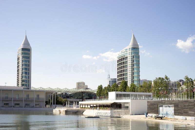 Parque da Nacoes område med akvariet i Lissabon, Portugal royaltyfri foto