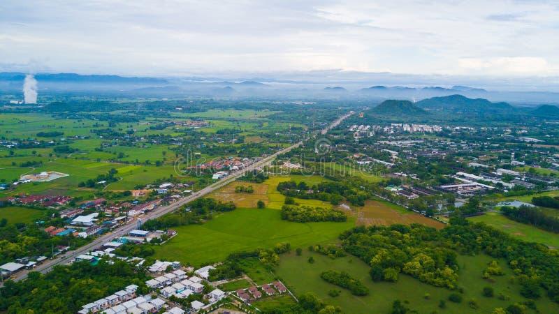 Parque da pedra de Khao Ngu em Ratchabri, Tailândia imagens de stock