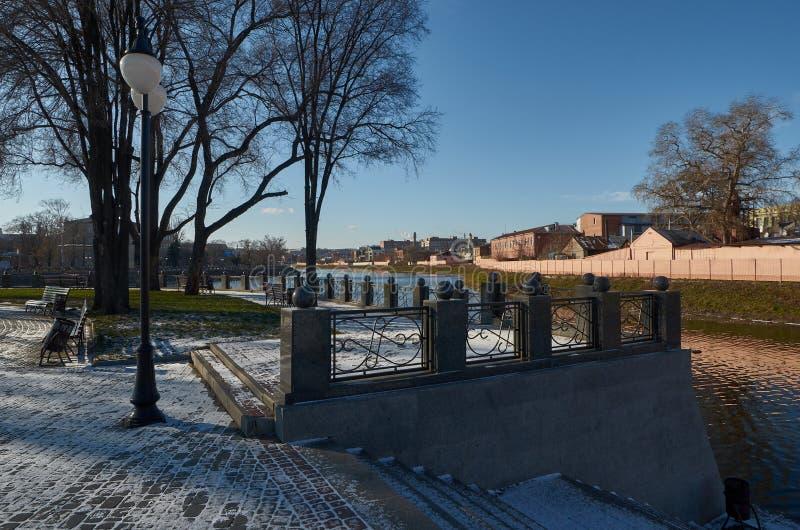 Parque da seta no inverno kharkov ucrânia inverno - 2014 fotos de stock