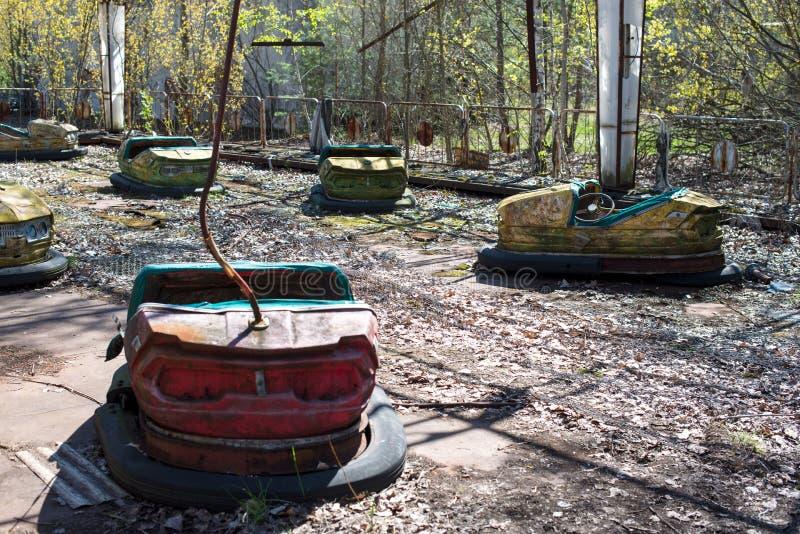 Parque de atracciones abandonado en Pripyat, zona de la enajenaci?n de Chern?bil fotografía de archivo