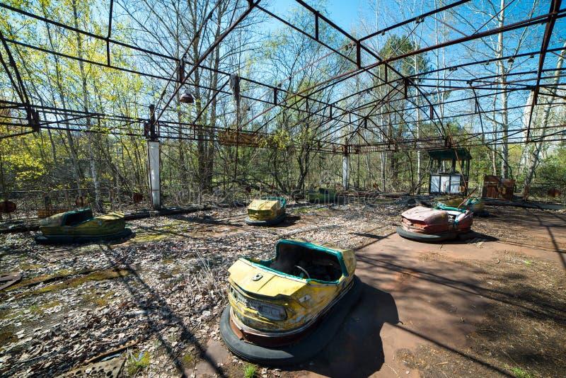 Parque de atracciones abandonado en Pripyat, zona de la enajenaci?n de Chern?bil foto de archivo libre de regalías