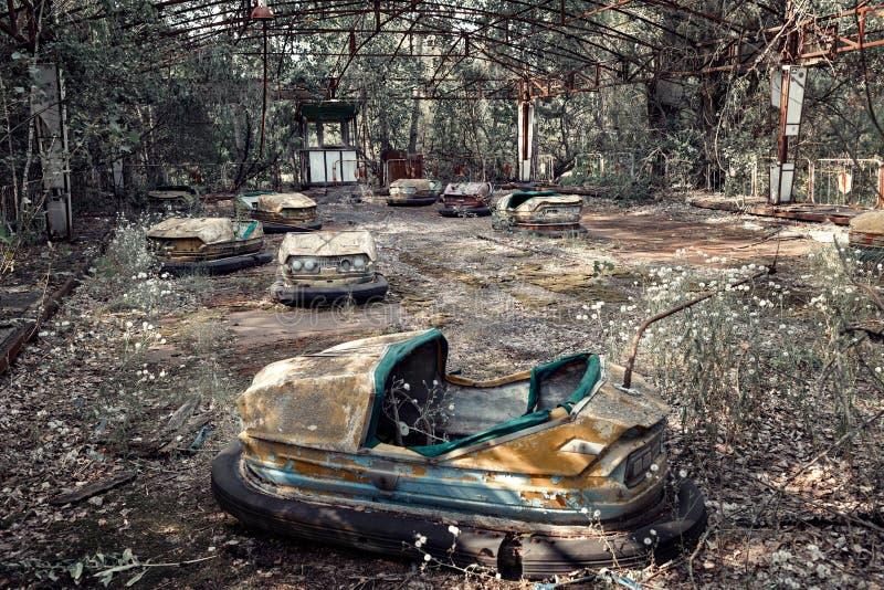 Parque de atracciones abandonado en Pripyat fotos de archivo
