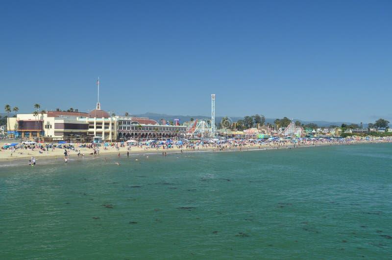 Parque de atracciones fantástico en la playa de Santa Cruz 2 de julio de 2017 Ocio de los días de fiesta del viaje foto de archivo