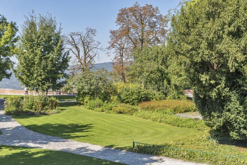 Parque de Autumn Schlossberg en Graz, Austria fotografía de archivo