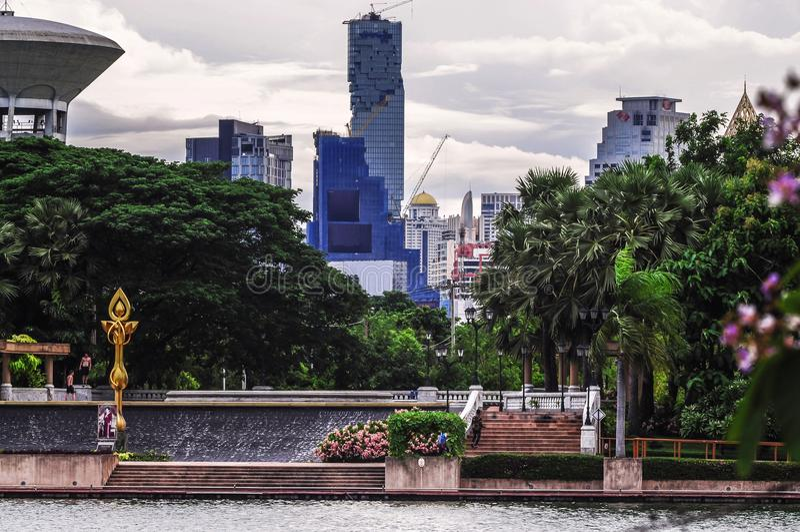 Parque de Benjakitti em Banguecoque foto de stock