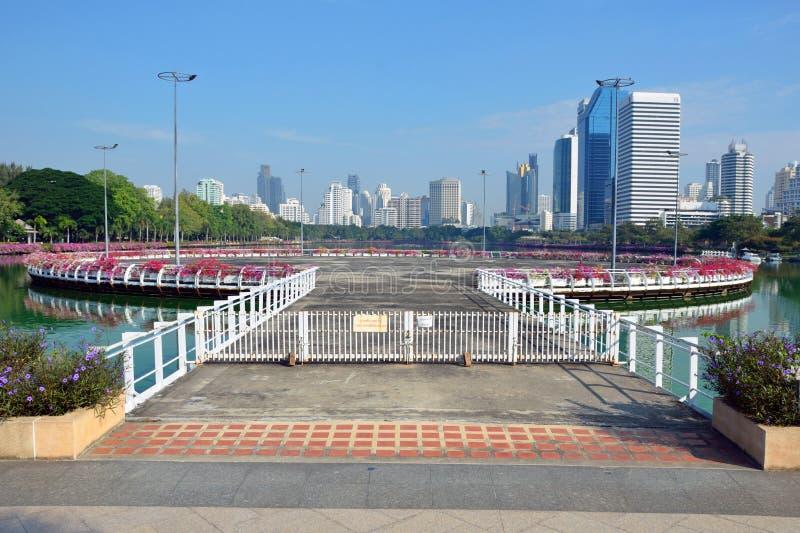 Parque de Benjakitti en Bangkok imagen de archivo libre de regalías