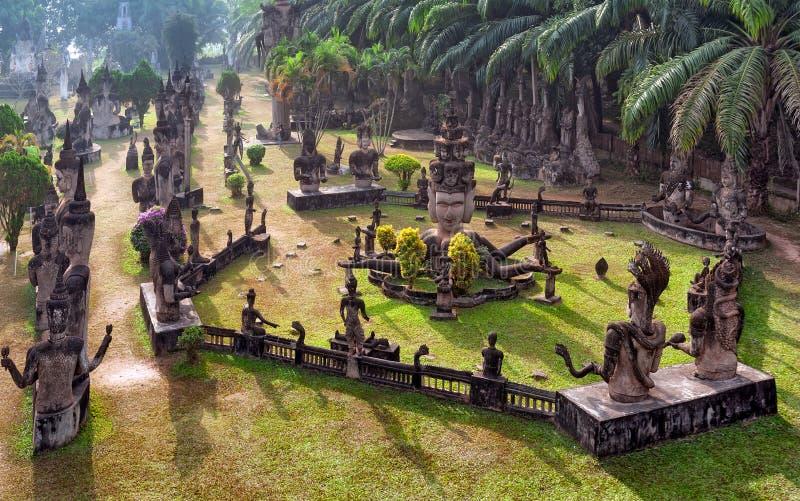 Parque de Buda en Vientián, Laos Señal famosa del turista del viaje imagenes de archivo