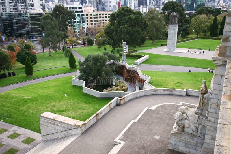 Parque de capilla de los veteranos que conmemoran de la conmemoración en guerras en Melbourne, Victoria, Australia fotos de archivo libres de regalías