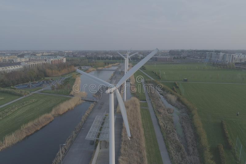 Parque de Clongriffin, Dublín windmills fotografía de archivo