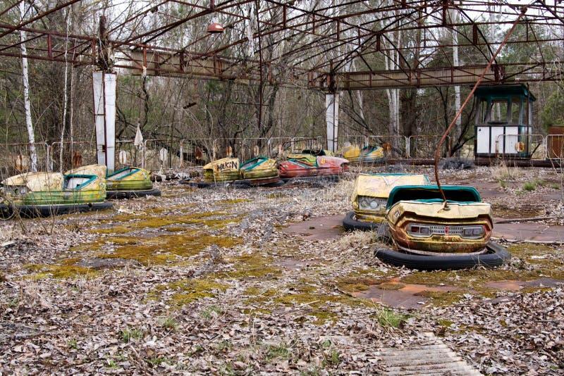 Parque de diversões abandonado na cidade fantasma de Pripyat, Chernobyl fotografia de stock royalty free