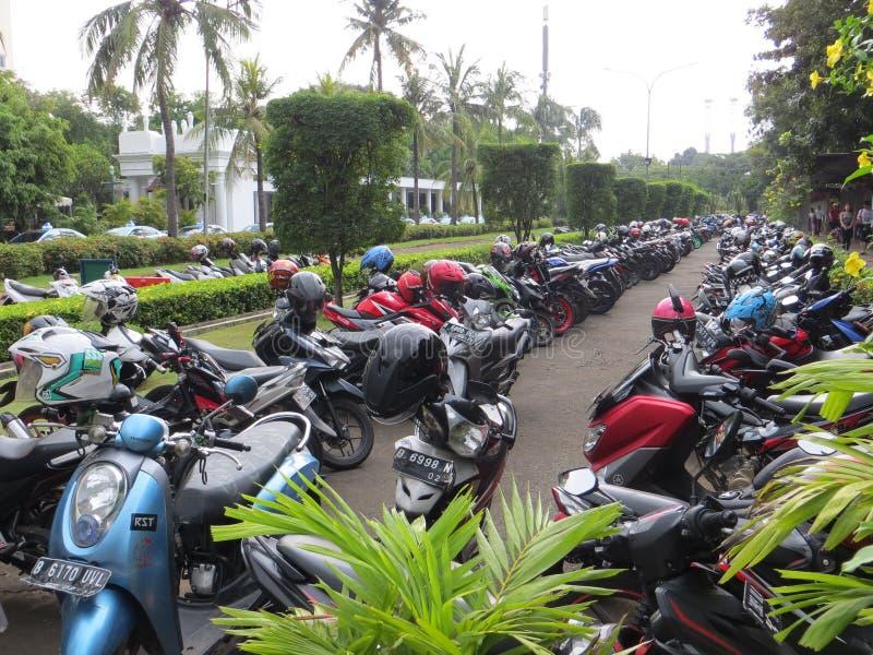 Parque de estacionamento em Jakarta imagem de stock royalty free