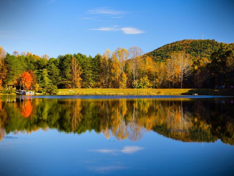 Parque de estado de la montaña de Crowders - Carolina del Norte imagen de archivo libre de regalías
