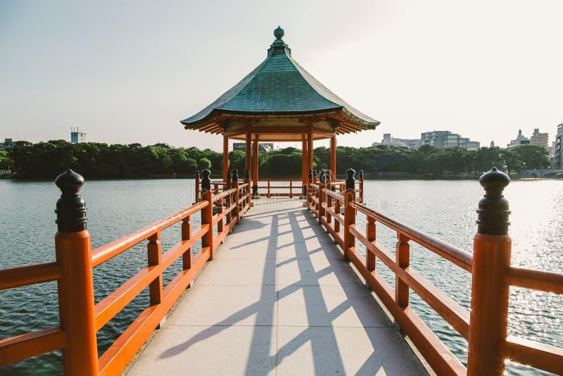 Parque de Fukuoka Ohori Lago e miradouro imagens de stock