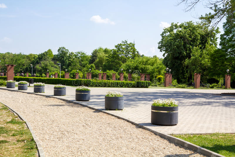 Download Parque de Herastrau foto de stock. Imagem de promenade - 26512458