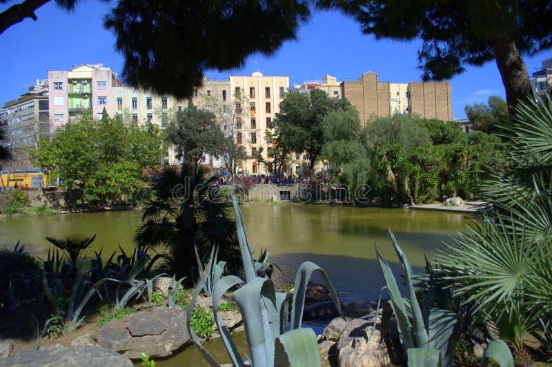 Parque de la ciudad de Barcelona fotos de archivo