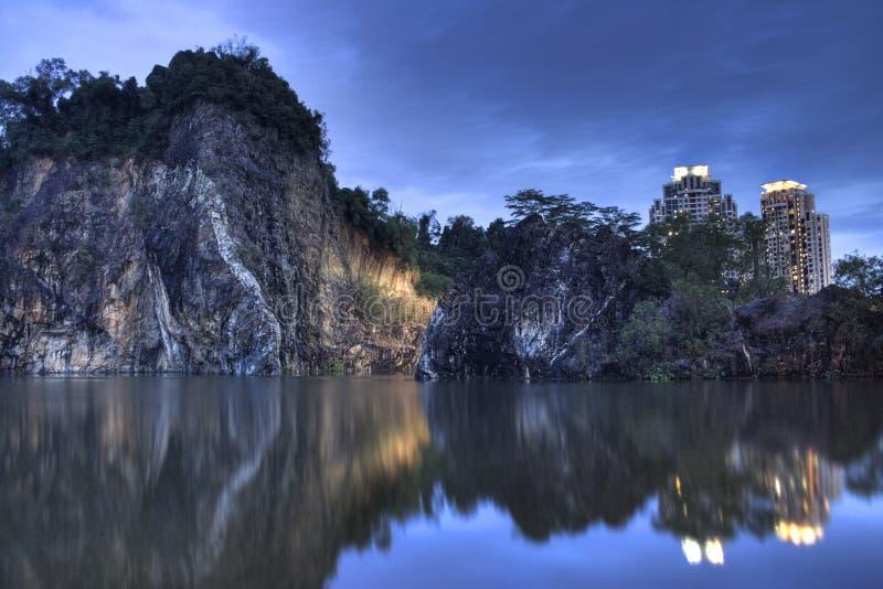 Parque de la ciudad de Bukit Batok (poco Guilin) de Singapur imagen de archivo libre de regalías