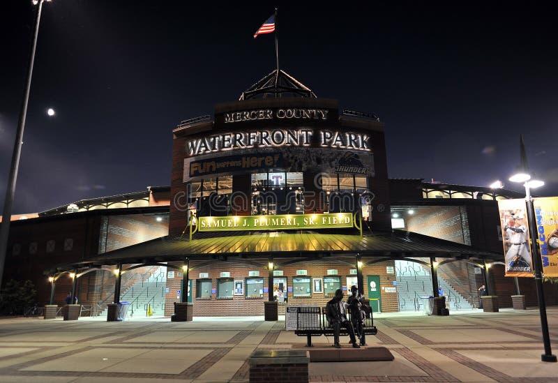Parque de la línea de costa de Trenton (estadio) fotos de archivo