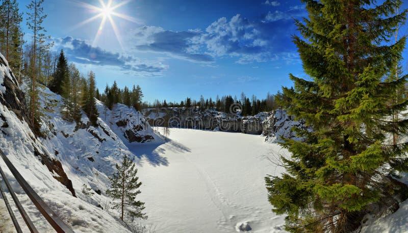 Parque de la montaña de Ruskeala fotografía de archivo