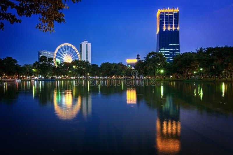 Parque de Lumpini em Banguecoque/Tailândia foto de stock royalty free