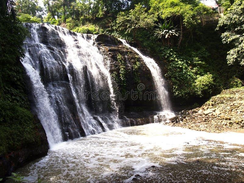 Parque de naturaleza de Hinulugang Taktak en la ciudad de Antipolo del camino de Taktak, Filipinas imágenes de archivo libres de regalías