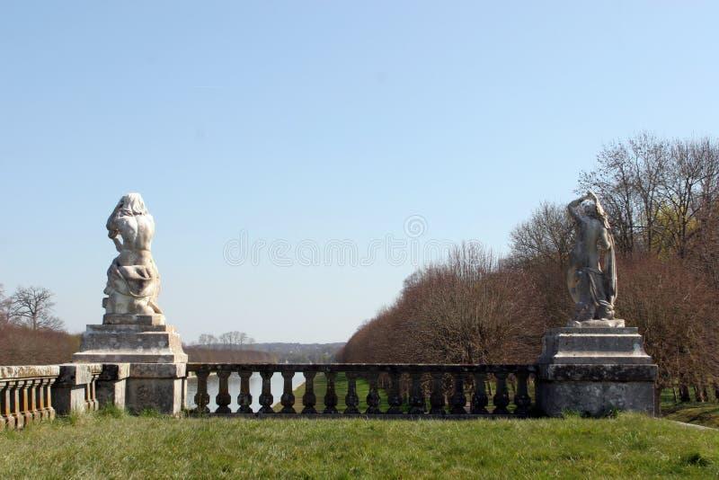 Parque de palacio de Fontainebleau, Francia fotos de archivo