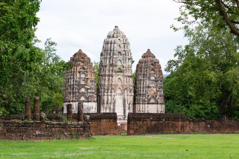 Parque de Wat Si Sawai Sukhothai Historical Sukhothai Tailândia fotos de stock