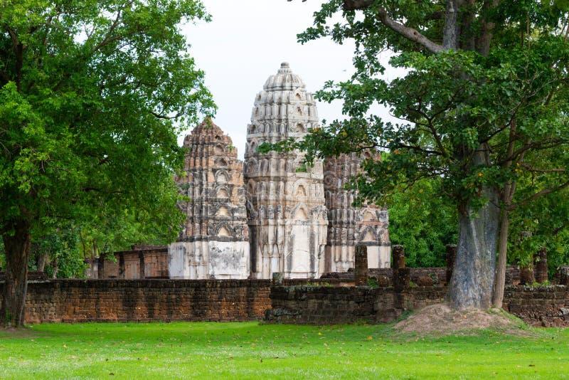 Parque de Wat Si Sawai Sukhothai Historical Sukhothai Tailândia fotografia de stock