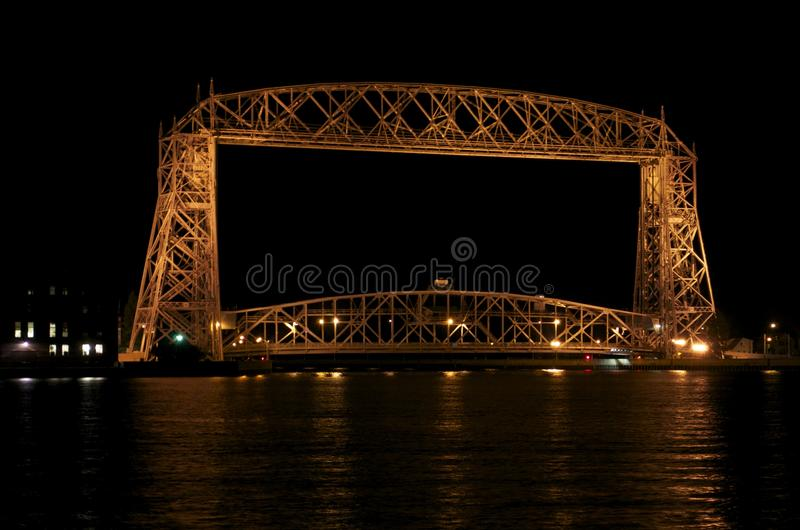 Parque del canal del puente de elevación fotografía de archivo