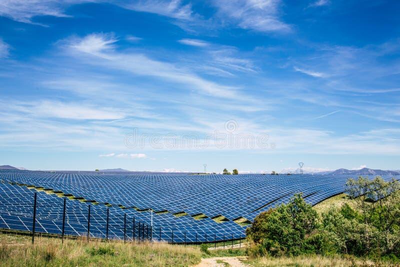 Parque del panel solar imagen de archivo
