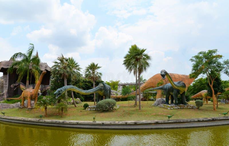 Parque do dinossauro imagem de stock